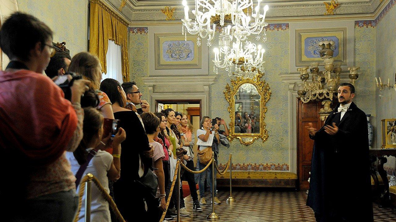 Palazzo Viti: performed tour