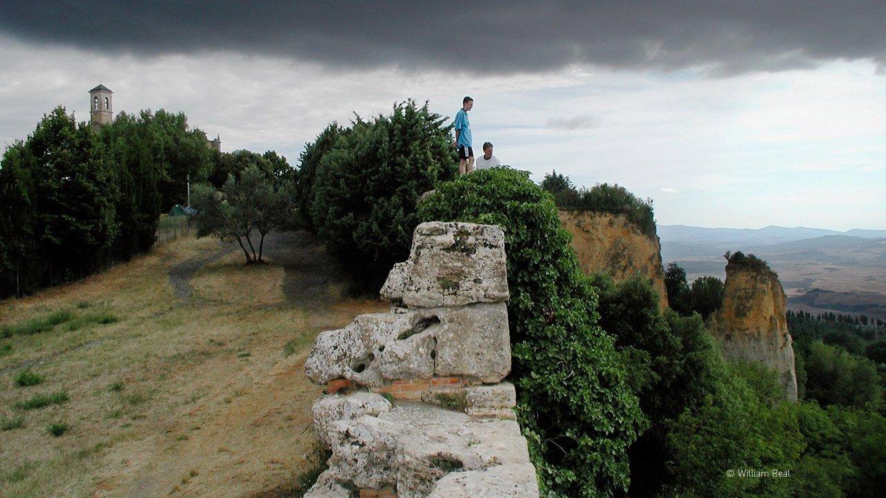Vista sulle balze da San Giusto di Volterra