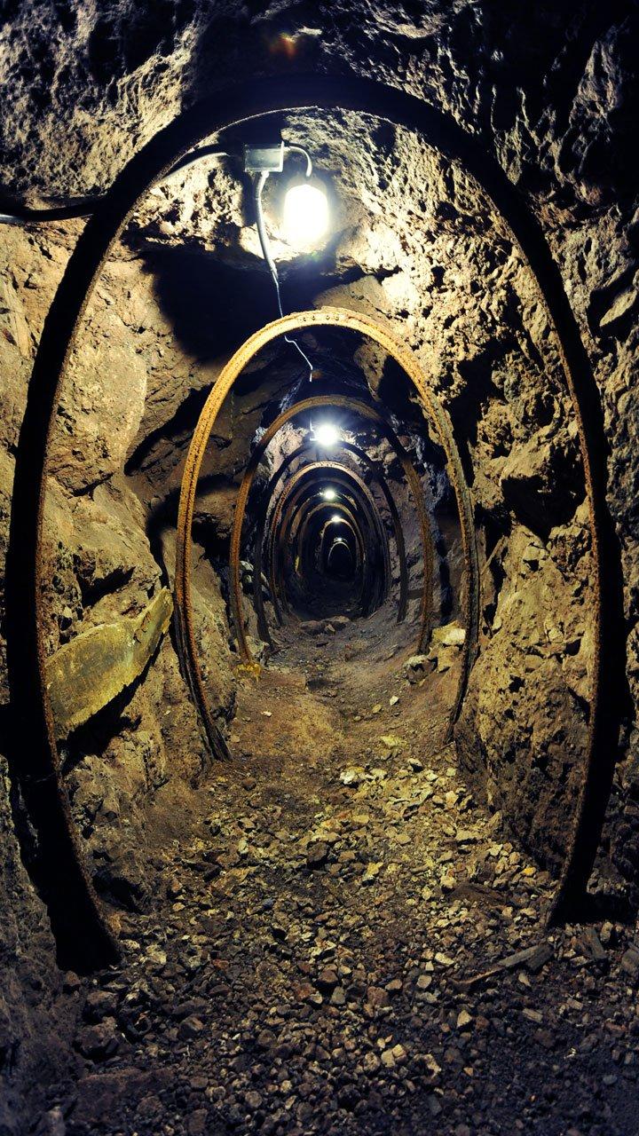 galleria-miniera-12