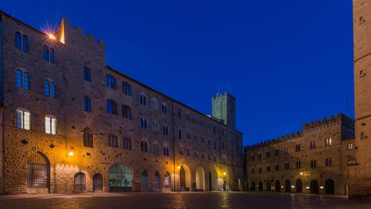 galleria-piazza_dei_priori-3