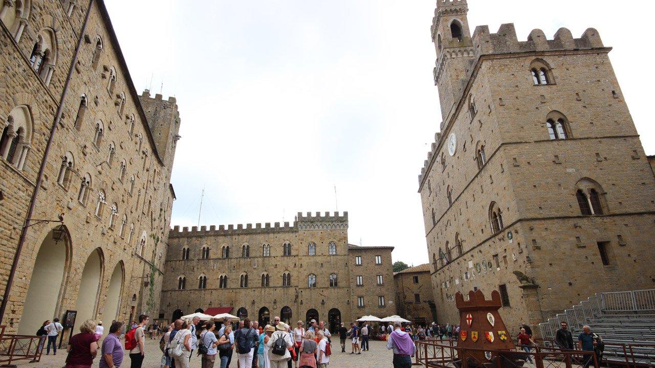 galleria-piazza_dei_priori-8