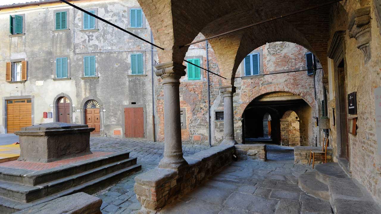 montecatini-galleria-1-logge_palazzo_pretorio