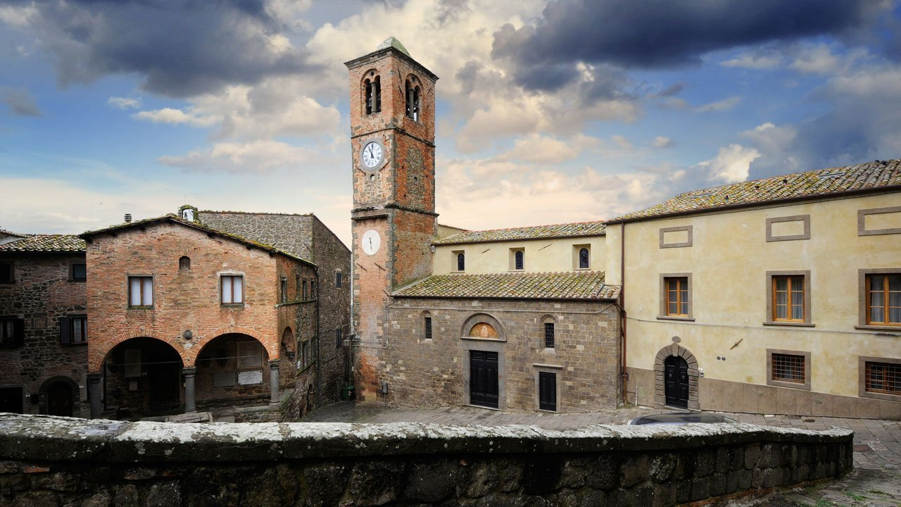 montecatini-galleria-2-palazzo_pretorio_e_san_biagio