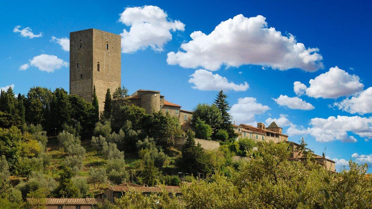 La torre di Montecatini Val di Cecina