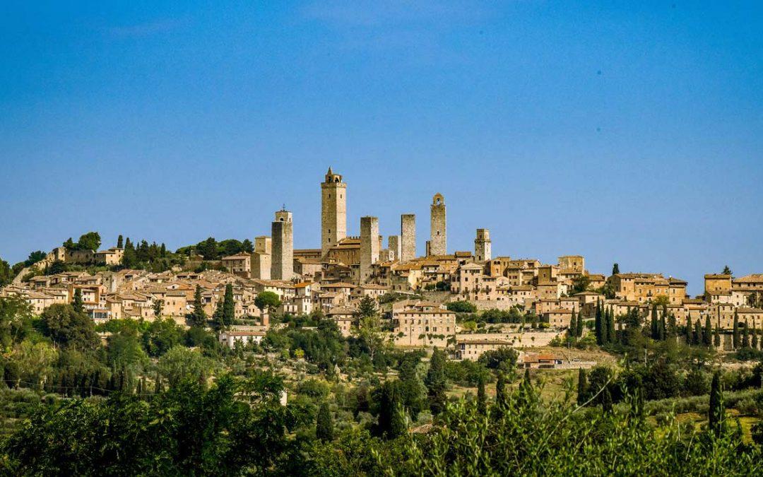 Volterra, San Gimignano e la Valle del Diavolo