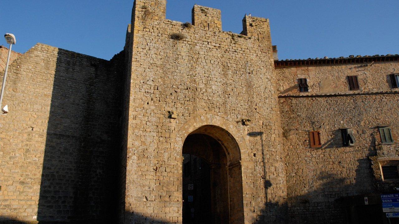 volterra-galleria-11-porta_san_francesco