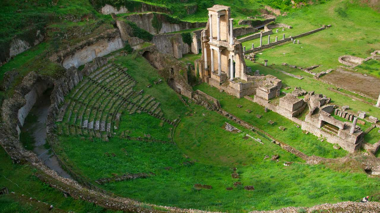 volterra-galleria-4-teatro_romano
